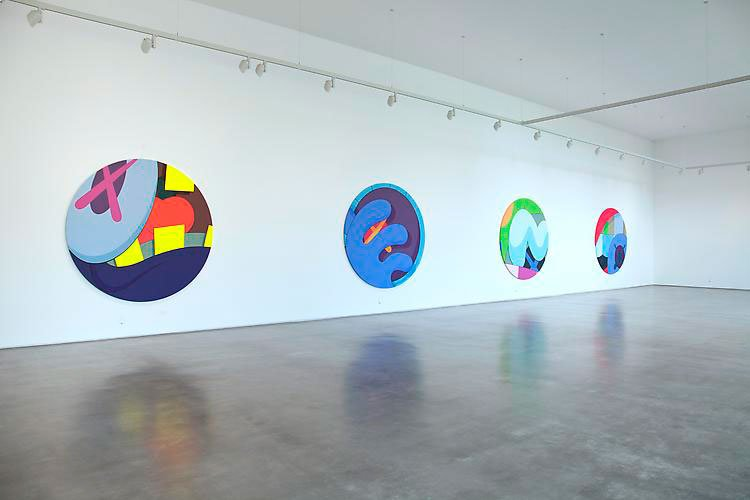 kaws-play-your-part-galeria-javier-lopez-4