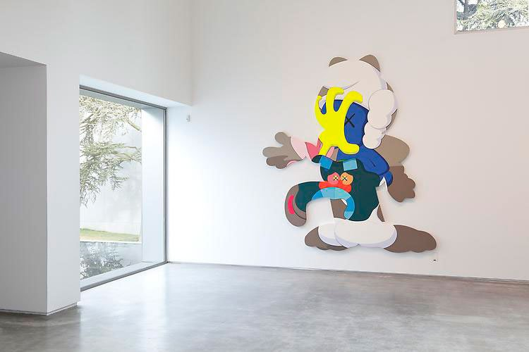 kaws-play-your-part-galeria-javier-lopez-5