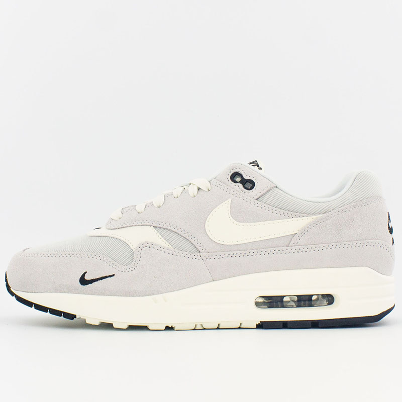 Air Max 1 Pure Platinum